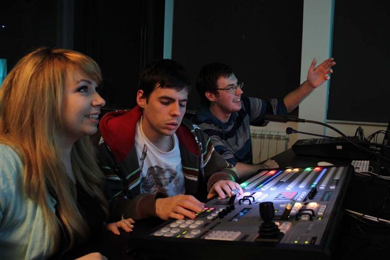 HDTV režija - Ana, Dragomir i Dule